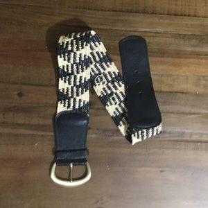 New York & Company black and White Belt